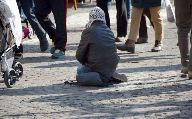mendicanti_senzatetto-960x600